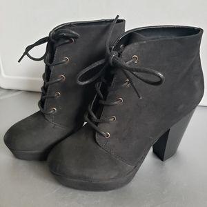 Mossimo Black Platform Lace Up Heel Booties